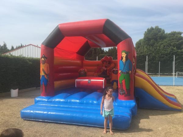 Activité Pour Les Enfants, Jeu Gonflable Au Camping Les Pommiers Pays  Du0027auge,
